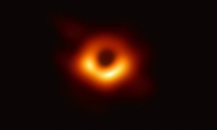 Capture the First Picture in History for a Black Hole